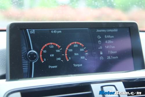 2012-BMW-328i-29