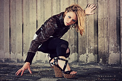 Shoes (Reografie) Tags: light urban woman cold girl leather wall concrete grid shoes raw leer ground heels beton steen verena botlek expressie sleehak strobist nibbie reografie