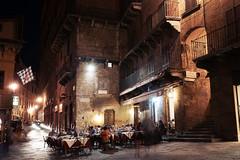 Late Night at Piazza del Campo (Ed Tse) Tags: street italy night zeiss photography long exposure italia sony carl siena cz mm za f28 2470 alphadslra900