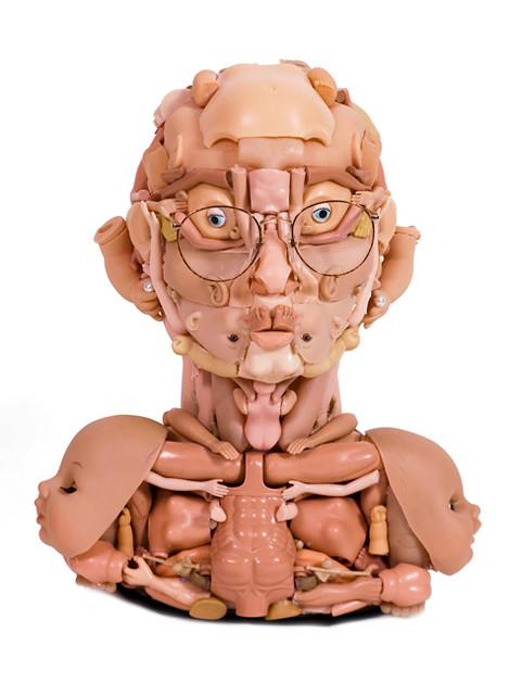 用玩具來創作頭像的雕塑藝術 Freya Jobbins