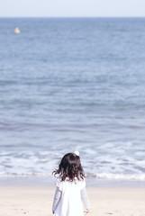 ゆるりとした時間 (arixxx+++) Tags: autumn sea beach girl canon surf wind horizon 秋 海岸 海 少女 茨城 砂浜 水平線 浜風