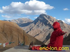 Eric Lon yoga at Demul (6) (Eric Lon) Tags: india cold yoga energy dynamic tibet heat practice souffle himalaya breathe froid warming spiti breathing inde tibetain himalayen chaleur activate respiration ericlon rechauffer demul acriver