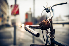 rusty bells of vienna (TIM) Tags: winter bike bicycle rust dof bell bokeh rusty handlebar bicyclebell