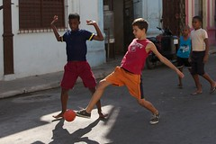 Cuba: playing football/soccer in the street (VJ Vee) Tags: life street old people architecture living football parts soccer havana cuba habana havanna kuba
