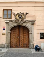 La puerta del sol (supernova.gdl.mx) Tags: republica sol puerta europa centro vieja ciudad praha praga entrada stare checa mesto historico chequia pordiosero viajeaeuropa