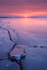 Pastel morning (KennethVerburg.nl) Tags: pink winter lake ice netherlands dutch sunrise landscape frozen meer bevroren nederland flevoland landschap almere roze gooimeer ijs almerehaven zonsopkomst