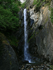 2007-08-12 17.12 Cascata del torrente Saent a Lovero (Sondrio) (Gianpaolo Zucchelli) Tags: water creek landscape waterfall rocks rocce acqua paesaggio cascata torrente