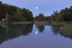 Summer night (evisdotter) Tags: summernight sommarnatt moon reflections mnen speglingar nature sooc landscape lillaholmen mariehamn land 2317pm