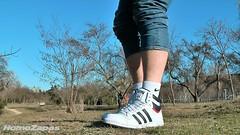 Adidas Top Ten Hi [2010] (foto 36) (HomoZapas) Tags: homozapas zapatillas sneakers baskets adidas deportivas zapas topten toptenhi tenis zapatillasdeportivas shoes turnschuhe scarpe chaussures кроссовки espadrilles calcetines socks chaussettes socken