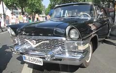 Tschaika GAZ-13 (larssimon) Tags: tschaikagaz13 udssr classicdays kudamm berlin