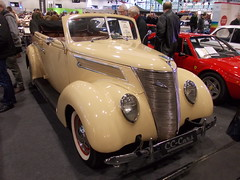 Ford V8 Model 78 Sedan Convertible 1937 (Zappadong) Tags: bremen classic motorshow 2016 ford v8 model 78 sedan convertible 1937 zappadong oldtimer youngtimer auto automobile automobil car coche voiture classics oldie oldtimertreffen carshow