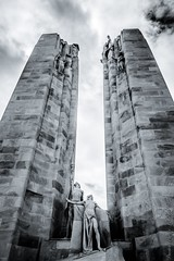 Mmorial Canadien de Vimy (Edwige Coevoet) Tags: mmorial vimy