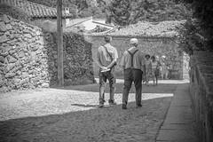 Friends. (http://www.ayusoreino.esy.es/) Tags: bwstreetphotography blanconegro blancoynegro bw street spain strase streetphotography streetphoto schwarzweiss streetshot streetshoot strasse rue lozoya urbana urban lugares pueblos outdoor noiretblanc monochrome madrid espaa european nikon flickr backsides back dobles