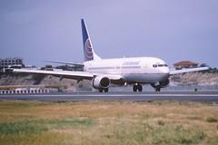 48ad - Continental Airlines Boeing 737-800; N34222@SXM;03.02.1999 (Aero Icarus) Tags: slidescan plane avion aircraft flugzeug princessjulianainternationalairport saintmartin