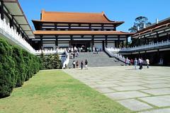 "Arquitetura chinesa (José Argemiro) Tags: faith monastery religion buddhist temple monk religião fé templo monastério monge ""zu lai"" ""são paulo"" cotia brazil budismo budista"