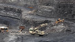 Drill Set Up (Video) (Photons of Days Past) Tags: frostburg canoneos6d ef70300mmf456isusm cabinrunroad surfacecoalmine alleganycounty cat caterpillar drill ingersoll rand