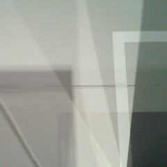 Ti vi pi esse zer (plochingen) Tags: anvers antwerp belgium belgique abstrait abstract astratto derive abstrakt white pale light minimal less grey flou blur sfocatto