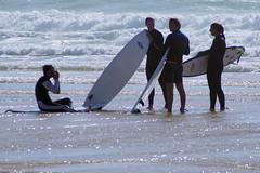 the Lecturer (Curufinwe - David B.) Tags: beach sea mer mimizan landes aquitaine france sony a77 a77v sonyalpha77 sonydslta77v 400mm sigma plage waves wave surf surfing wetsuit girl girls woman feminine surfer surfgirl surfergirl surfcamp