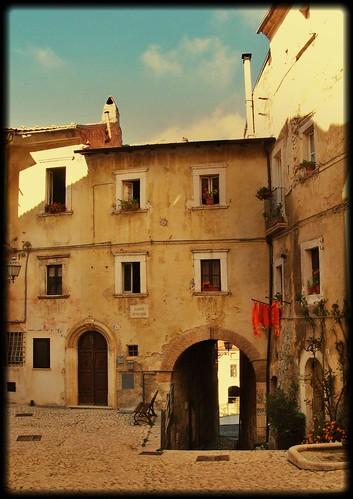 Abruzzo: Pescina