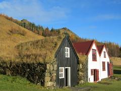 Iceland - Hvolsvollur - Skogasafn Folk Museum - Old Houses (JulesFoto) Tags: houses museum iceland folkmuseum skogar skogasafn hvolsvollur