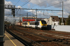 NMBS 1319 + 1337 (Harrys Train photos) Tags: cargo container alstom freight antwerpen berchem bertschi gter gterzug nmbs eloc sncb electrisch hle hle13 electroloc