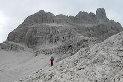 La Croda Rossa di Sesto (Emanuele Lotti) Tags: italy mountain alps montagne trekking italia agosto 25 punta alpi osservatorio trentino dolomiti 2012 monti veneto rossa sesto escursionismo croda