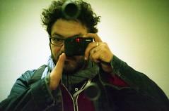[La Mia Citt] colpito! (Urca) Tags: selfportrait self lomo lca italia milano u pac 2012 analogico padiglionedartecontemporanea colpito albertogarutti