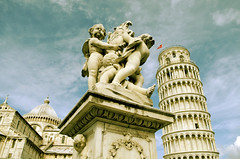 PISA :: we always have to say goodbye (Nhoj Leunamme == Jhon Emmanuel) Tags: italy flores tower nikon flickr italia torre jonathan pisa firenze toscana toscane emmanuel pisatower torredepisa tarello d5100