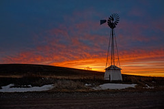The Morning Sentinel (nikons4me) Tags: morning sky windmill dawn shed iowa nex7 sony1855mmf3556oss