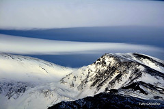 Meditazioni Etnee (Turi Caggegi) Tags: cloud snow clouds volcano neve sicily volcanoes etna lenticular sicilia vulcano mountetna lenticolare