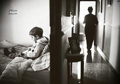 iPad: a new generation (Perolo Orero - www.orerofotografia.com -) Tags: light art luz apple valencia photography yahoo google mac nikon photographer arte nios manuel tablet nio generation lid pero fotografa tecnologa generacin ipad krop tableta orero orerofotografia ipadmini wwworerofotografiacom