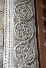 Typical Vijayanagara Temple Carvings (VinayakH) Tags: halasurusomeshwaratemple bangalore india ulsoor chola vijayanagaraempire kempegowda hindu shiva temple hinduism