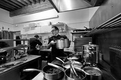 Dans-les-cuisines-... (RS...) Tags: arles cuisine restaurant noiretblanc blackandwhite d800 lesfillesdu16