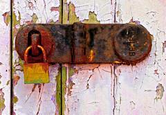 Keyosk (WHO 2003) Tags: worthing lock padlock rust rusty