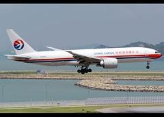 Boeing | 777-F6N | China Cargo Airlines | B-2082 | Hong Kong | HKG | VHHH | China (Christian Junker | Photography) Tags: nikon nikkor d800 d800e dslr 70200mm teleconverter plane aircraft boeing b777f6n b777200lrf b772lrf b777f b77f chinacargoairlines ck ckk ck263 ckk263 cargoking cargoking263 b2082 skyteamcargo cargo freighter heavy widebody triple7 landing arrival 07r airline airport aviation planespotting 37716 942 37716942 hongkonginternationalairport cheklapkok vhhh hkg clk hkia hongkong sar china asia slw shalowan spota2 lantau christianjunker flickrtravelaward flickraward zensational worldtrekker superflickers hongkongphotos wwwairlinersnet