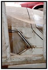 citroen sm (Christ.Forest) Tags: citroen sm hydraulique blanche garage epave abandoned abandon abandonner voiture car auto collection andr chrome boite v6 vitre automobiles