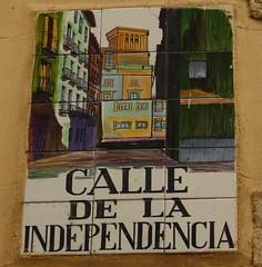 Azulejo de la calle Independencia. Madrid (Carlos Vias-Valle) Tags: azulejo calleindependencia