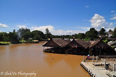 Restaurant on the River Kwai (SleekViv) Tags: bridge thailand nikon riverkwai d90