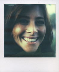 Laurence (sdzn) Tags: polaroid womenportrait polaroidslr690 sdzn theimpossibleproject px680 1010ch chrismettraux