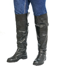Runnerbull_boots_mod_Interstate_worn_front (runnerbull) Tags: man men leather boots uomo knee overknee hommes madeinitaly stiefel stivali runnerbull