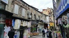 Istanbul street scene (The Globetrotting photographer) Tags: turkey trkiye istanbul turchia