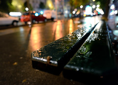 rainy day in Paris 13 (Jack from Paris) Tags: street paris detail colors bench lens prime evening angle bokeh wide f22 24mm ban avenue 13 soir ditalie 75013 nikkorafs24mmf14ged nikond800e jpr1320d800e