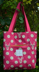 Mouthy Stitches Tote: Reversed (jenjohnston) Tags: pink deer swap tote echino zippocket