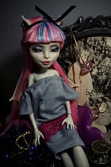 ) (Violetemon) Tags: monster high rochelle goyle
