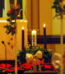 Advent Wreath with Christ candle lite