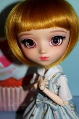 Miss Cupcake (Sweet Panda) Tags: panda sweet full cupcake pullip miss fc custo azazelle