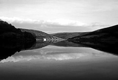 Ladybower reservoir (philwirks) Tags: new public interesting random myfavs feb26 philrichards show08