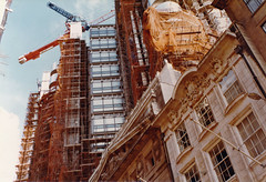 London, Leadenhall Street 1985 (beareye2010) Tags: london 1980s 1985 cityoflondon lloydsbuilding ec2 lloydsoflondon leadenhallstreet