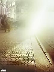 UNDER EXPOSURE (Emmanuel VASSAL) Tags: street film sunshine corner kodak rue contrejour flou foca cherbourg pav