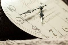 Frozen in time (Jorgepevet) Tags: frozenintime flickrfriday clock hour time 50mm